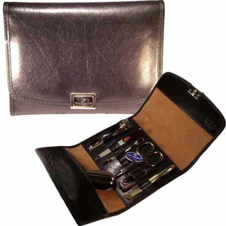 Manicure set in leather. MADE IN ITALY